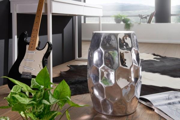 WOHNLING Beistelltisch JADA 30x47x30cm Aluminium Silber Dekotisch orientalisch rund | Hammerschlag